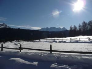 Schneelandschaftz mit blendender Sonne,sonne_2
